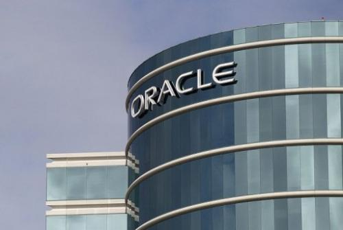 Oracle is distributing a patch for flaws so dangerous the Department of Homeland Security said people should stop using it