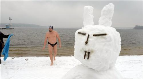 Q&A: Europe's freezing Easter and global warming