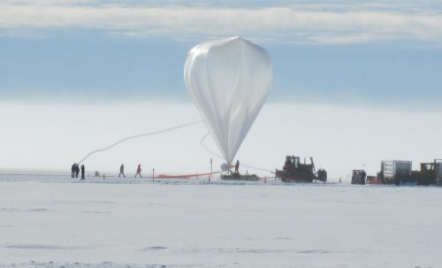 Super-TIGER balloon breaks records while collecting data