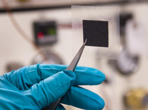 Synthetic polymers enable cheap, efficient, durable alkaline fuel cells