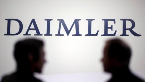 The EU cautioned auto giant Daimler it must upgrade the air conditioning coolant to meet greenhouse gas emission targets