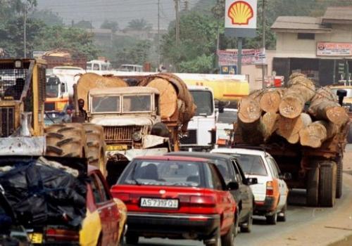 Traffic jam in Kumasi, Ghana, on February 5, 2000