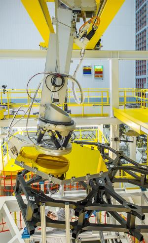 Webb Telescope Crew Flexes Robotic Arm at NASA
