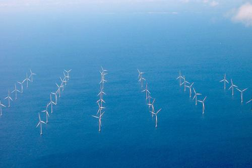 When the wind blows: New wind energy research focuses on turbine arrangement, wind seasonality