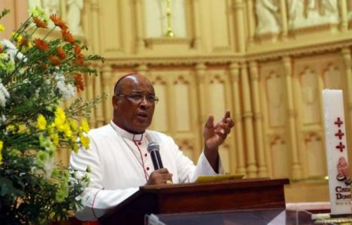 Wilfrid Napier gives a sermon at the Emmanuel Cathedral Church in Durban on February 10, 2013