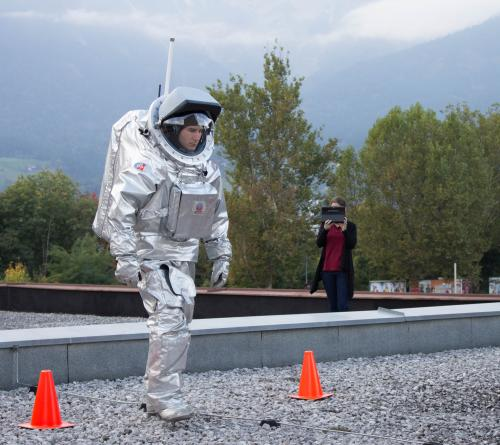 World Space Walk 2013: Three Mars analogue spacesuit teams perform simultaneous experiments