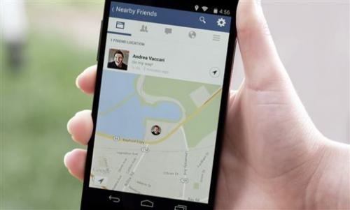 Facebook rolls out location-sharing feature
