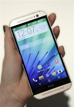HTC updates One phone, emphasizes metal design (Update)