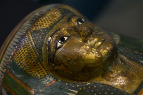 New technology unwraps mummies' ancient mysteries