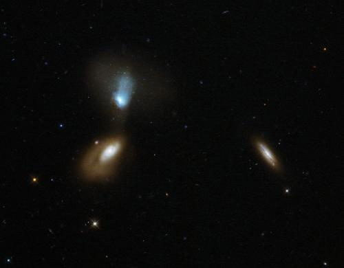 Image: Hubble stirs up galactic soup