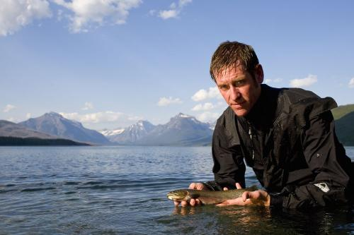 Climate change accelerates hybridization between native and invasive species of trout