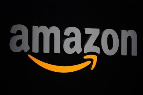 A German minister throws her weight behind the authors battling US online retail giant Amazon over its alleged strong-arm negoti
