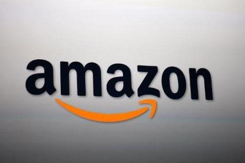 Amazon unveiled a new media streaming device, the Amazon Fire TV device, ramping up its challenge in online video to rivals such
