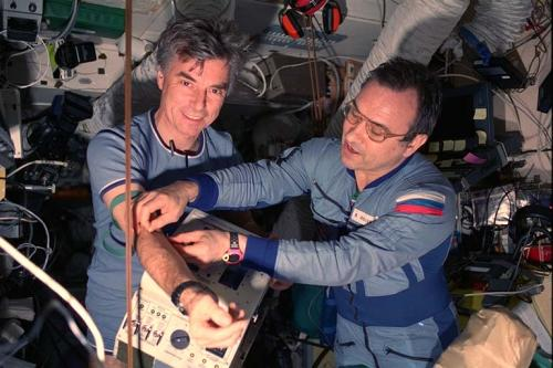 Astronaut health check with single drop of blood