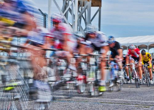 Explainer: how do cyclists reach super fast speeds?