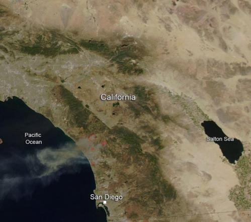Fires in San Diego County blazing