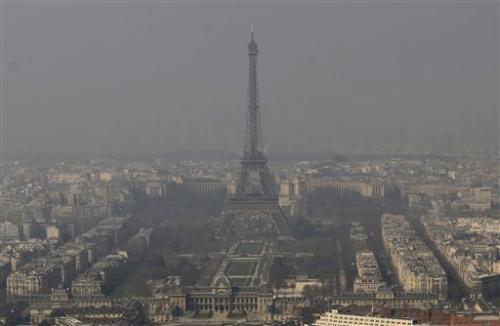 Free rides to combat pollution in France, Belgium