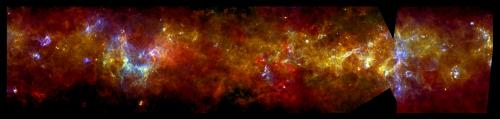 Image: Glowing jewels in the galactic plane