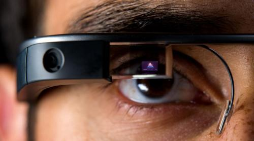 Google Glass adaptation opens the universe to deaf students