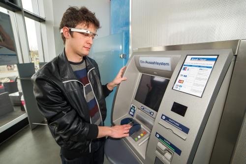 IT security for the daily life: Withdrawing money at cash machines with 'Google Glass'