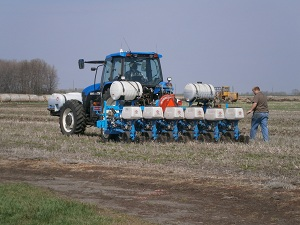 Multi-hybrid planter to advance precision ag research