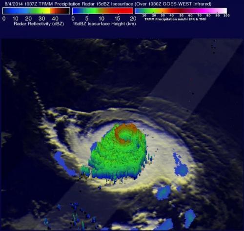 NASA sees heavy rain in Hurricane Iselle as it heads toward Hawaii
