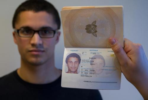 Passport study reveals vulnerability in photo-ID security checks