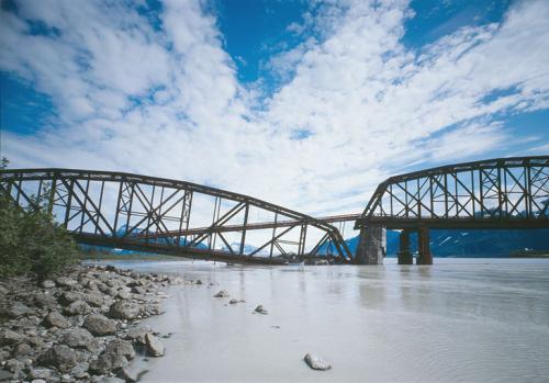 Risk modeling for bridges simulates multihazard scenarios