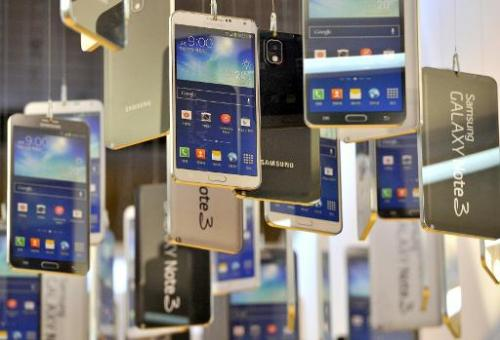 Samsung has signed a long-term cross-licence deal with Google in a move to help the South Korean technology firm stave off poten