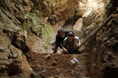 Neanderthals and humans had 'ample time' to mix