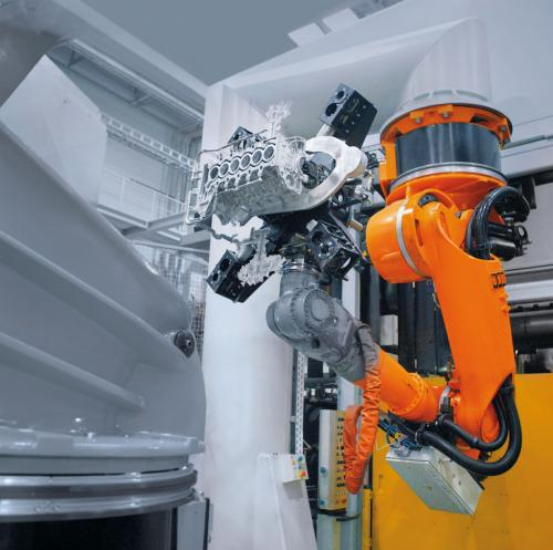 Smoothly moving industrial robots save energy
