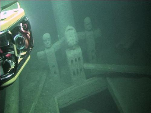 Sulphur Haunts the Ghost wreck