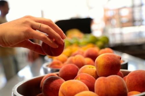 The added value of local food hubs