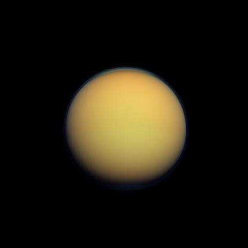 Titan's building blocks might pre-date Saturn