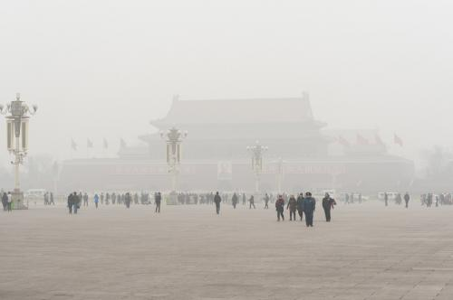 Tracking air pollution aids policy makers