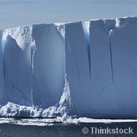 Trending science: Drifting icebergs fundamentally changing seafloor life
