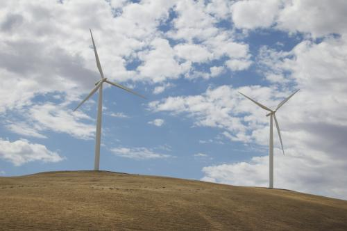 Wind farms can provide society a surplus of reliable clean energy, Stanford study finds