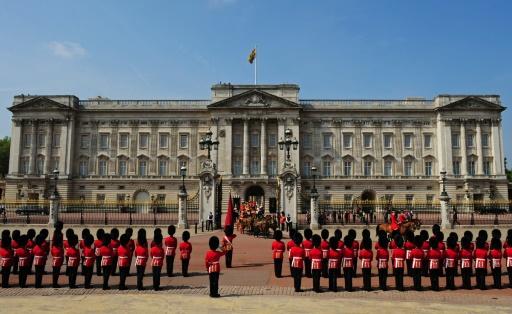 Google Unveils Virtual Tour Of Buckingham Palace