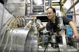 Argonne's CARIBU charge breeder breaks world record for efficiency
