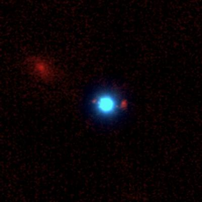 Astronomers discover an unusual cosmic lens