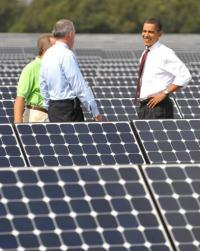 Barack Obama tours a solar energy centre in Florida in 2009