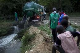 CDC: Haiti cholera matches South Asian strain (AP)
