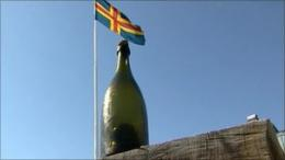 Divers find 200-year old champagne in Baltic wreck