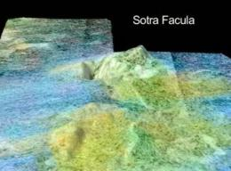 Giant ice volcano candidate found on Saturn moon Titan