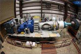 Giant Wind Turbine Test Takes a Heavyweight