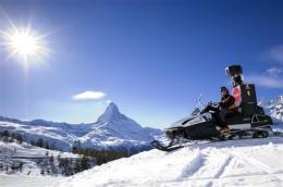 Google asks Swiss court to lift Street View curbs (AP)