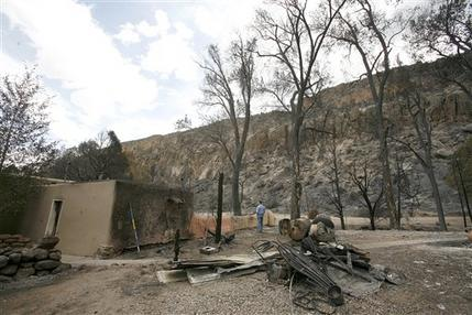 Los Alamos. Los Alamos officials plan for return of residents