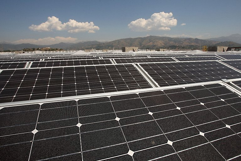Google Invests 168 Million In Solar Power Plant