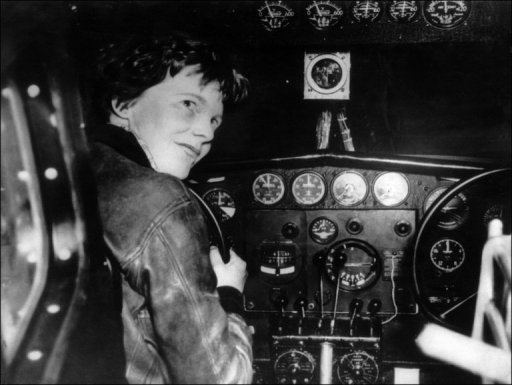 Group: Similarity between Amelia Earhart, 1940 skeleton