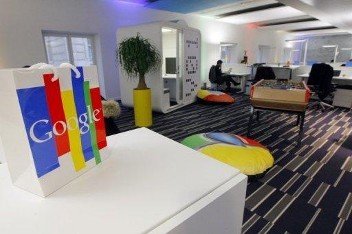 google gives glimpse of internet glasses. Black Bedroom Furniture Sets. Home Design Ideas